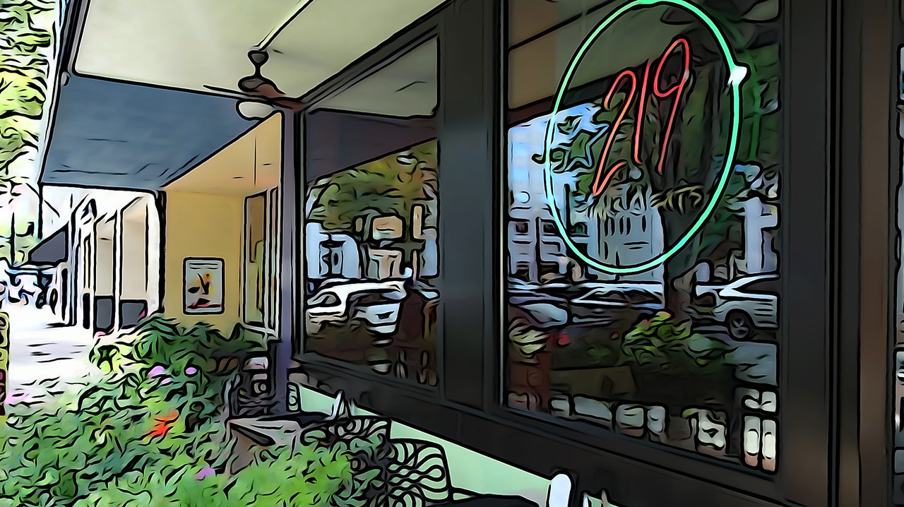 219 An American Bistro